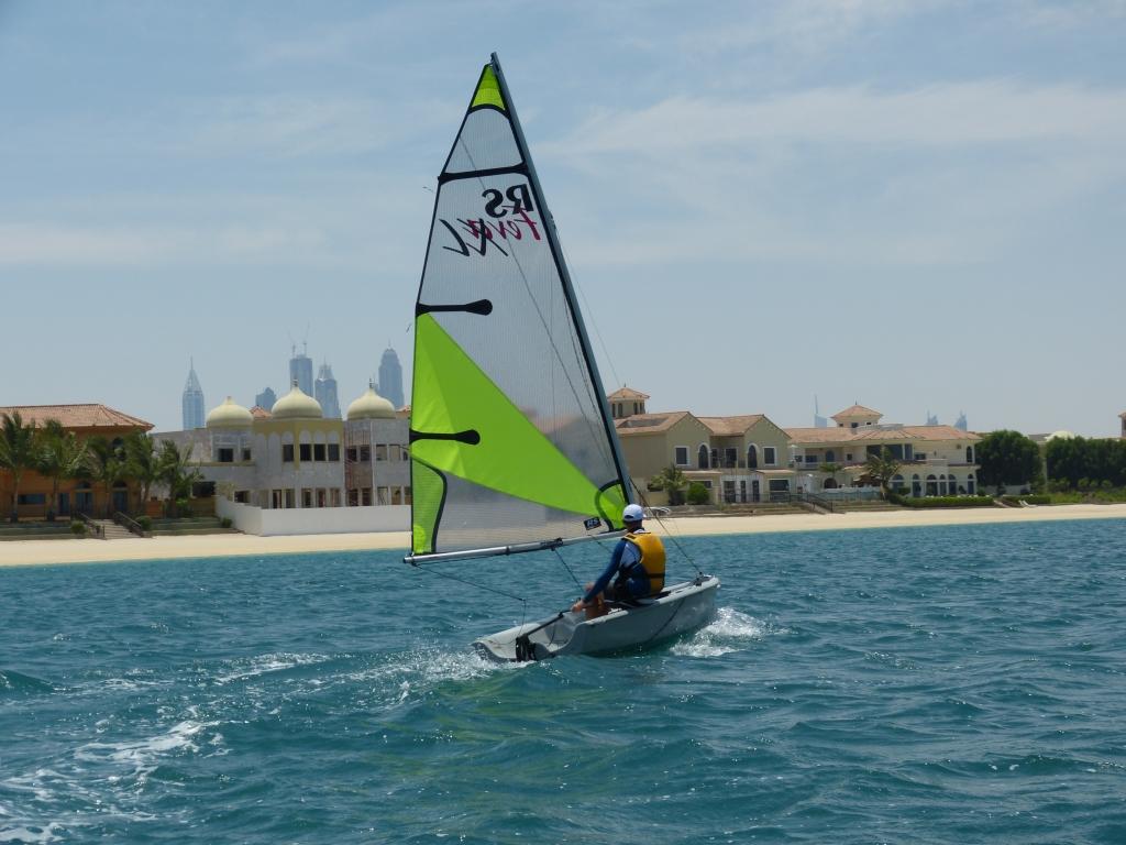 Dinghy lessons rental palm jumeirah duba seayou uae for The sail dubai